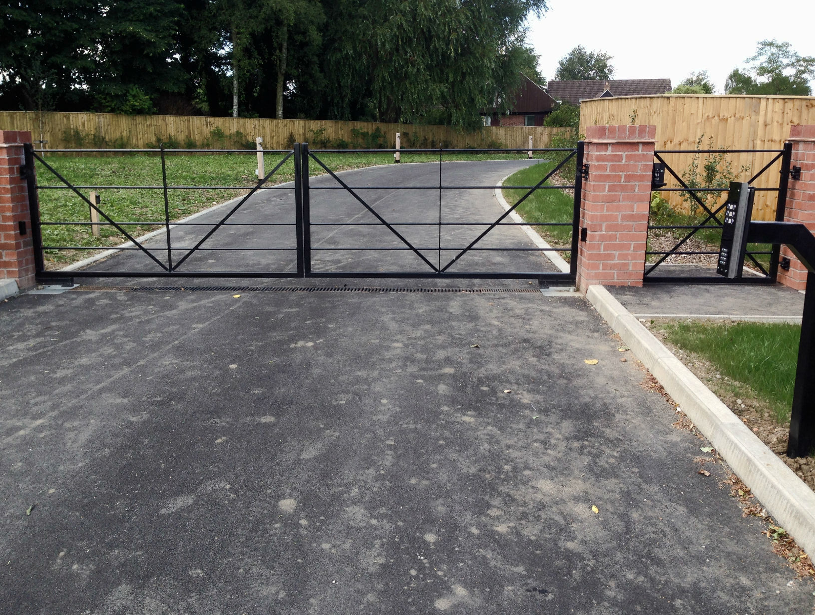 Metal Entrance Gates for an Estate, Harrogate