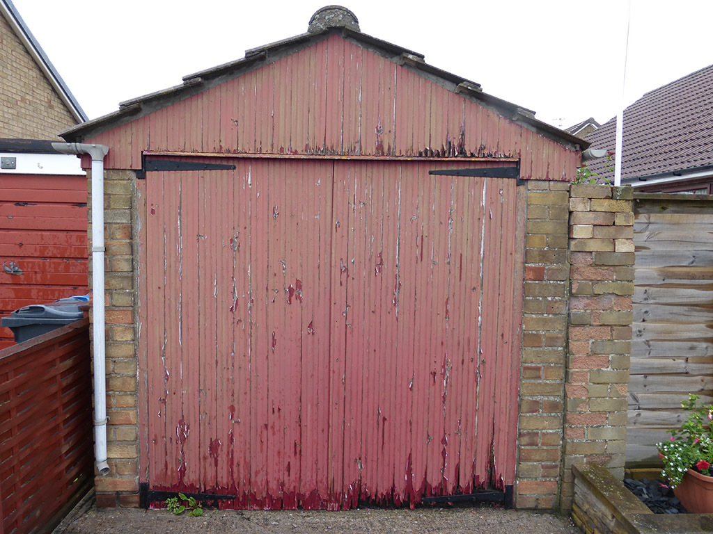 Carlton Side Hinged Garage Door