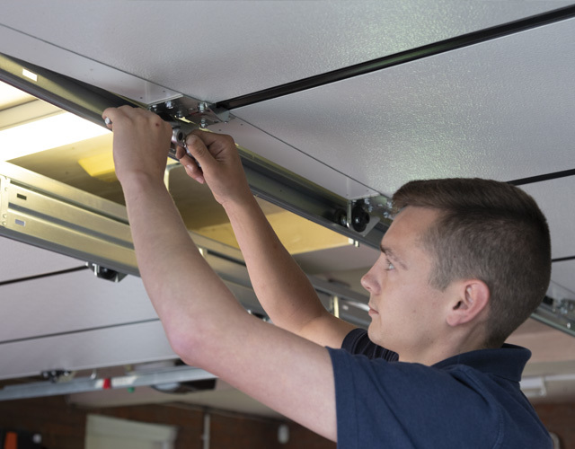 Oxley Garage Doors Company Installing