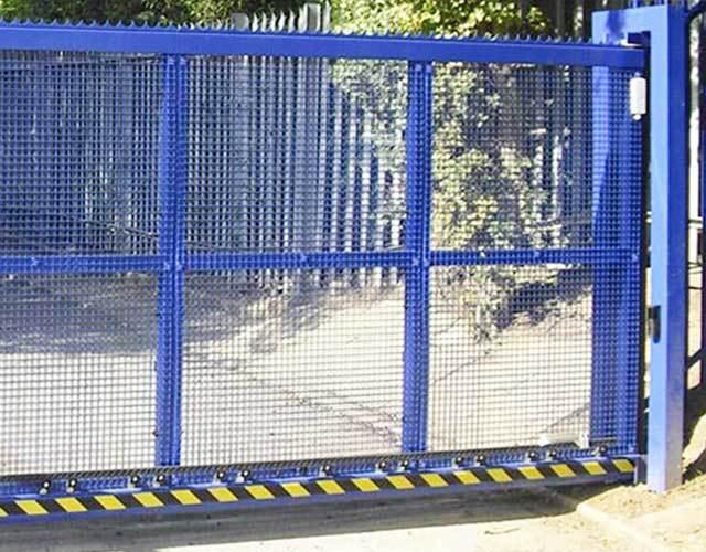 Oxley Gates School Blue Crop