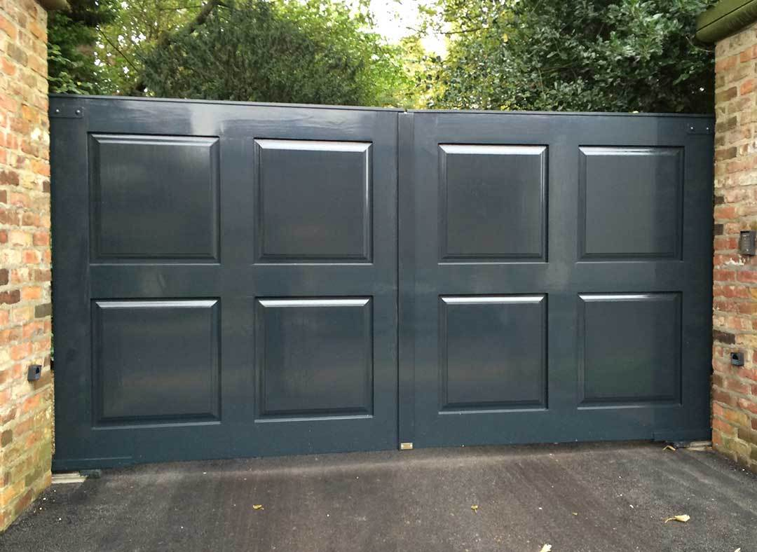 Oxley Gates Wooden Beverley Bespoke