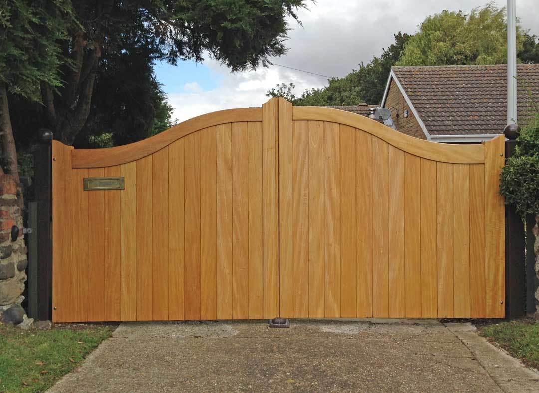 Oxley Gates Wooden York Oak
