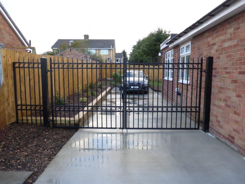 Brantingham Metal Driveway Gates