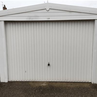 Sectional Garage Door, Lincoln