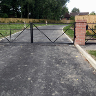 Metal Entrance Gates for an Estate in Harrogate