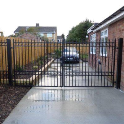 Metal Driveway Gate, Hull