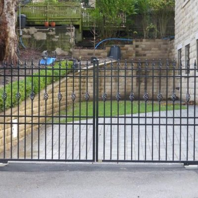 Metal Gate with Matching Railings, Harrogate