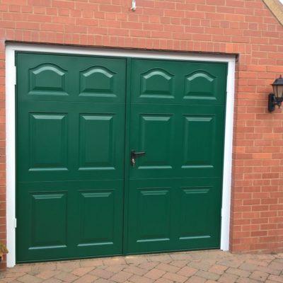 Side Hinged Garage Door, Hull