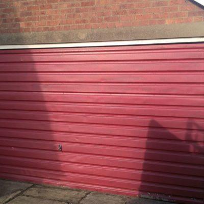 Carteck Premium Insulated Medium Ribbed Sectional Door