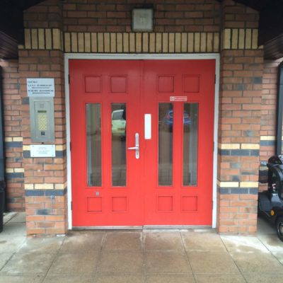 Automatic Entry Door, Hull