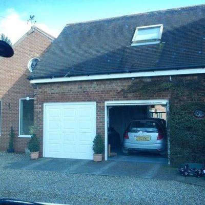 Georgian Insulated Sectional Garage Door, Hull